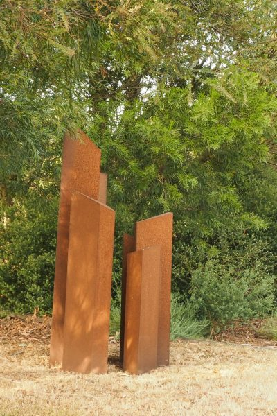DIY sculpture #gardendesign