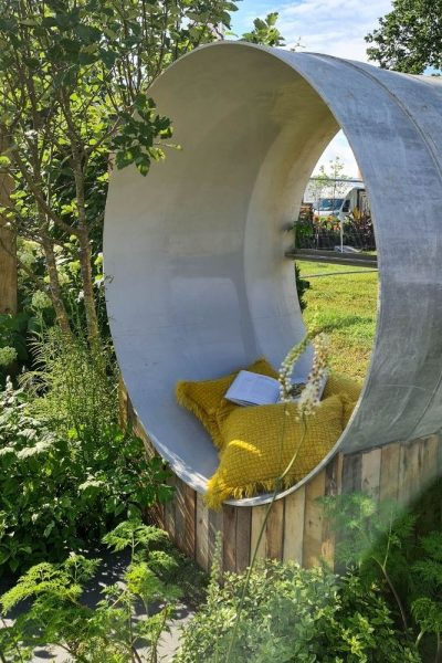 Recycled drainage pipe used as a seat