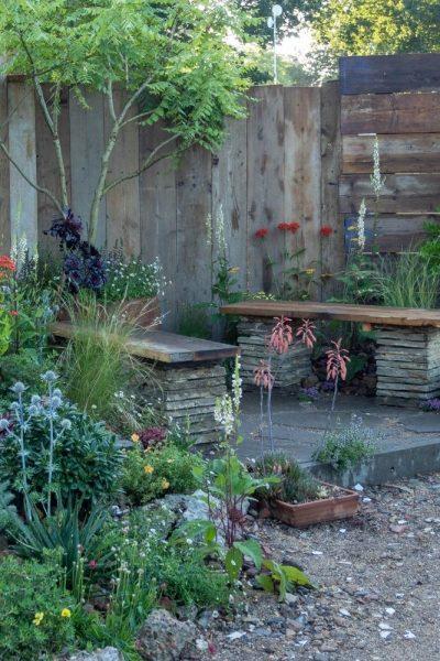 Recycled starter garden