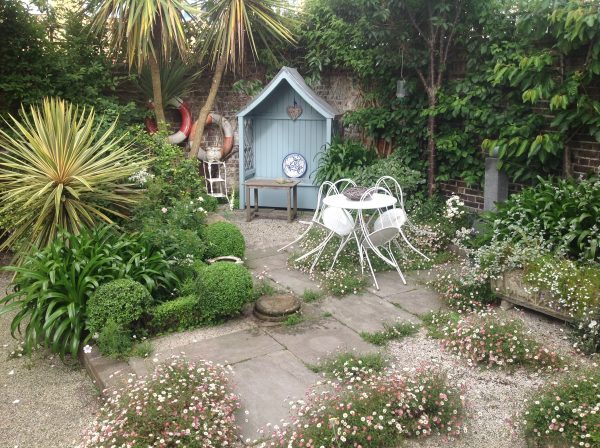 Anna Turner seaside garden