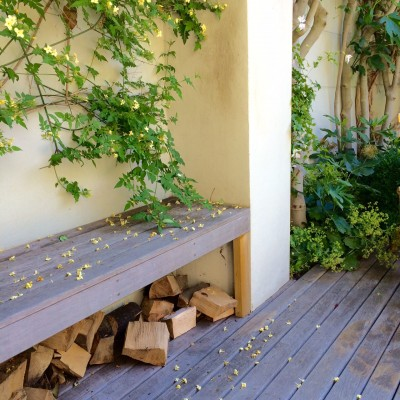There is a valuable storage space under benches.
