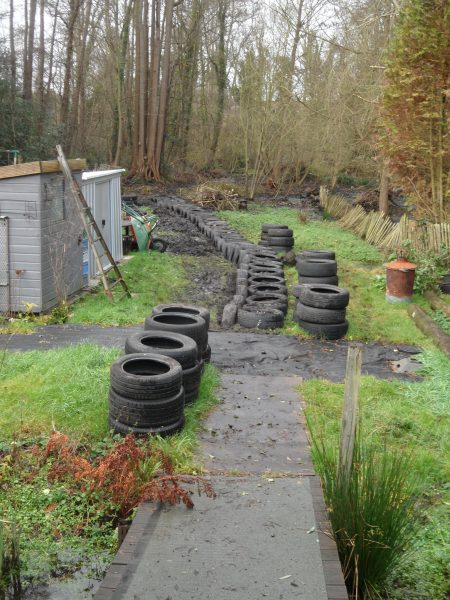 Use car tyres for a garden path