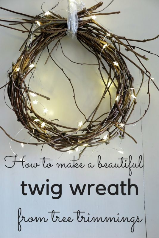 Make a beautiful twig wreath - quick, easy and free