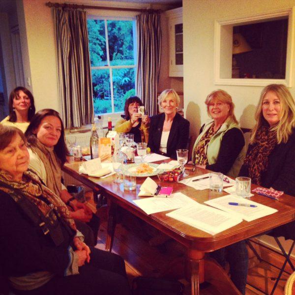 London kitchen table blogging session