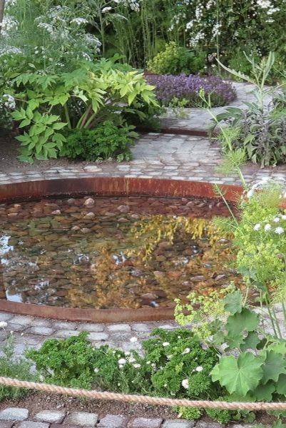 Contemporary garden ponds designs #gardendesign #backyard