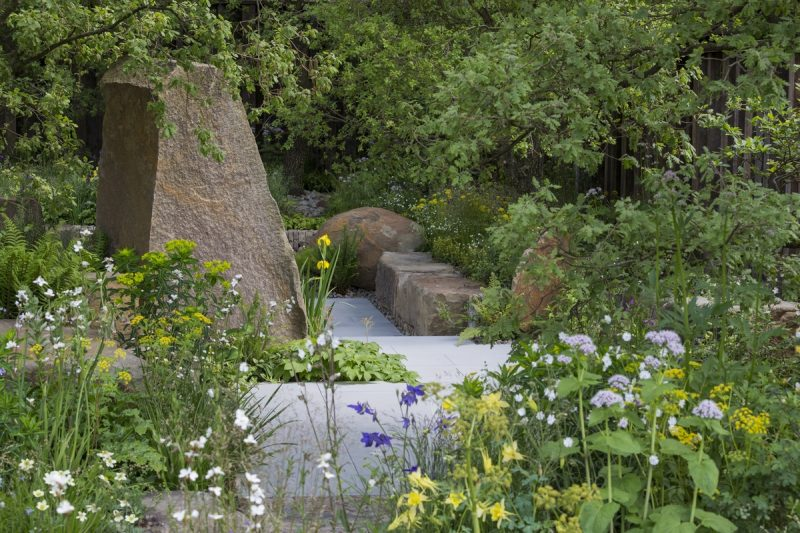 Rocks as a garden trend 2016 - Cleve West's M&G garden for the 2016 Chelsea Flower Show