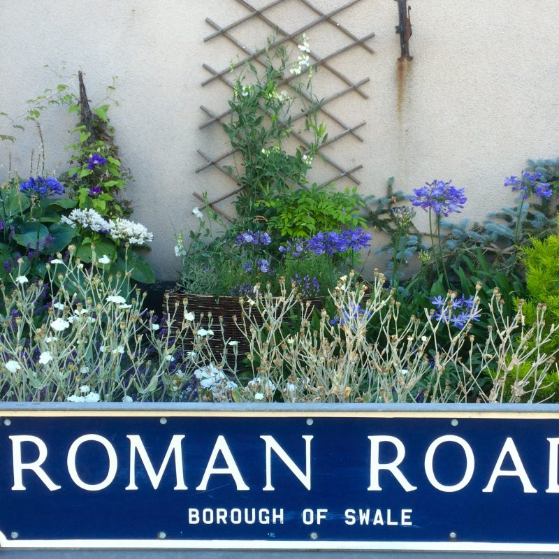 Garden to match street sign