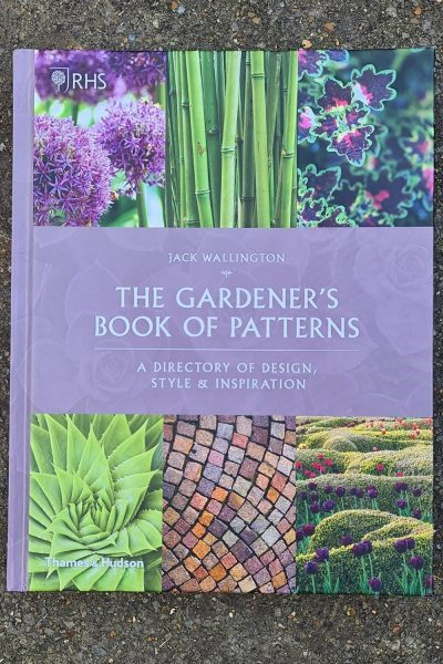 The Gardeners Book of Patterns