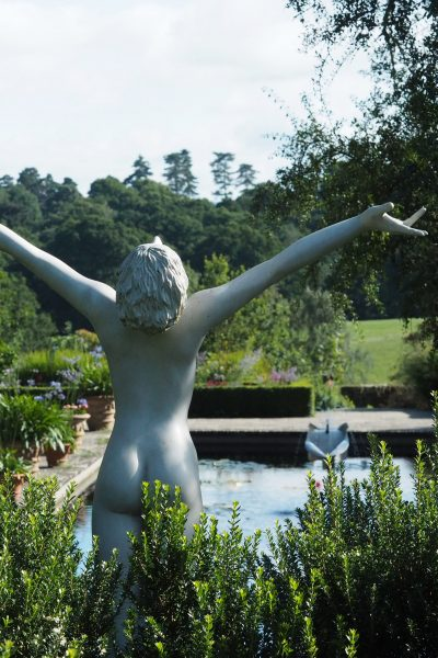Use sculpture to add impact to your garden pond #backyard #gardendesign