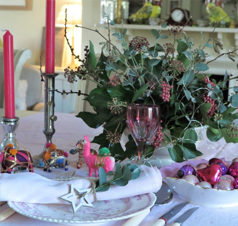 How to revive your Christmas table decorations with pink ...