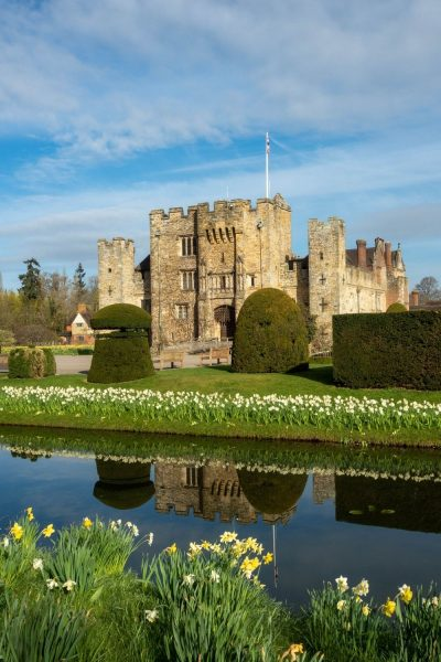 Spring bulbs at Hever Castle