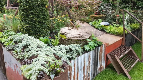 Reuse industrial salvage for a contemporary small garden