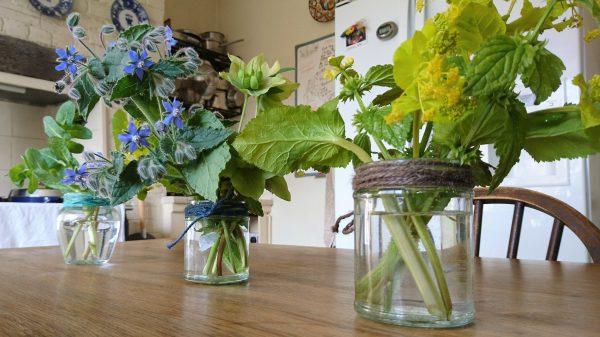 Jam jar flowers for Easter decorating