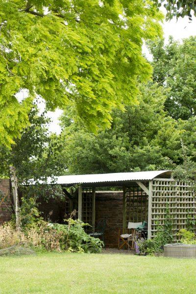 Add a corrugated iron roof to a pergola