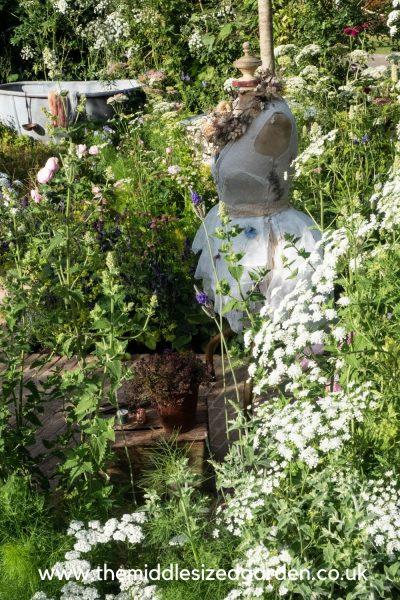 Naturecraft Garden by Pollyanna Wilkinson