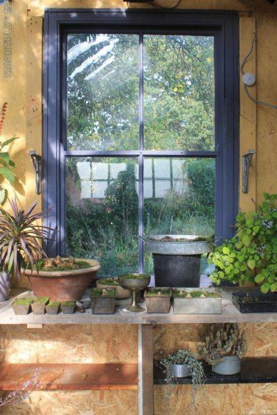 Potting bench in garden room