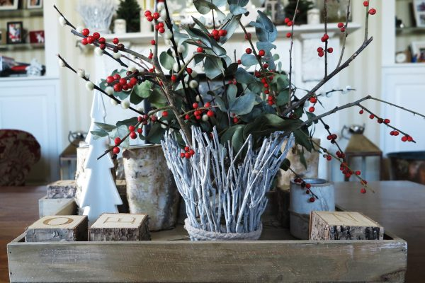 'Christmas tablescape' on trays