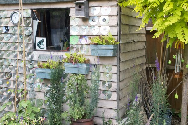 Decorate your shed in a small garden
