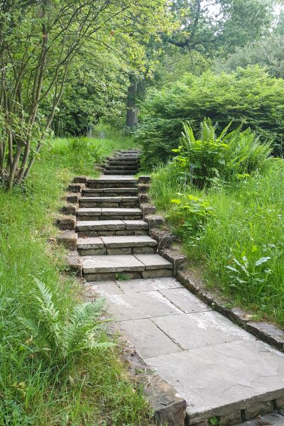 Garden steps plus ramp for steep slopes