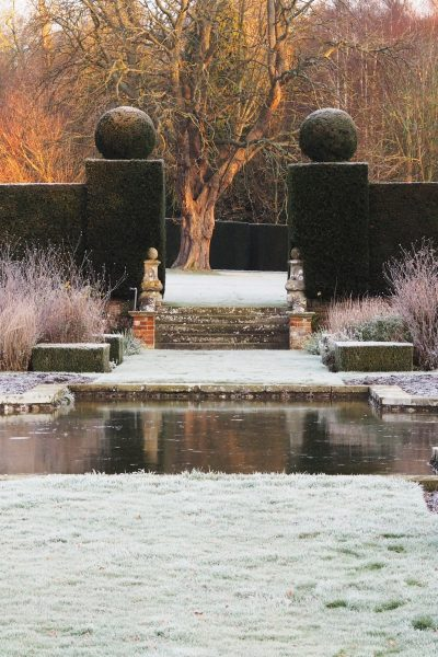 Consider a classical design for your pond #backyard 'gardendesign