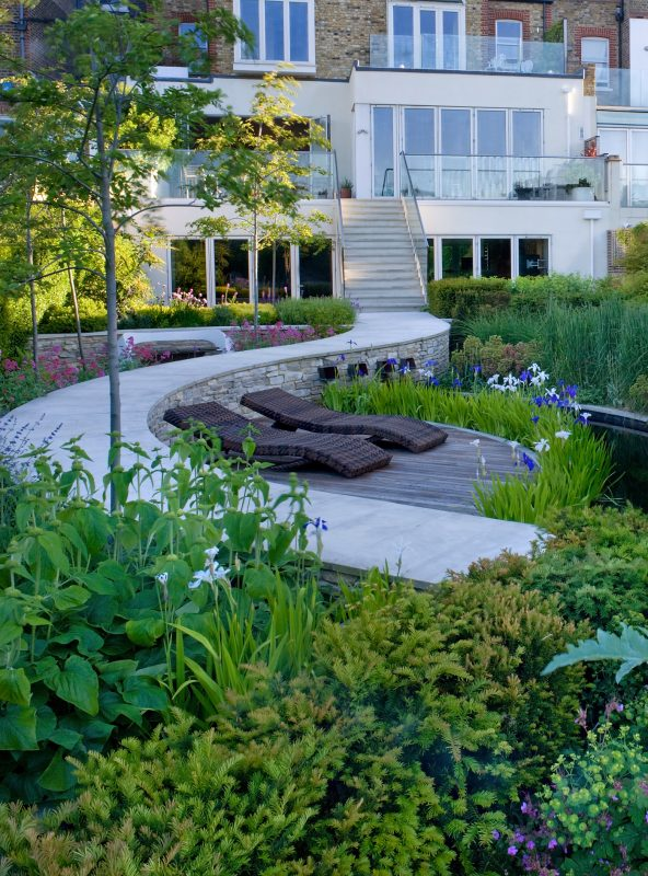 9 Fascinating And Useful Garden Design Ideas From The Man