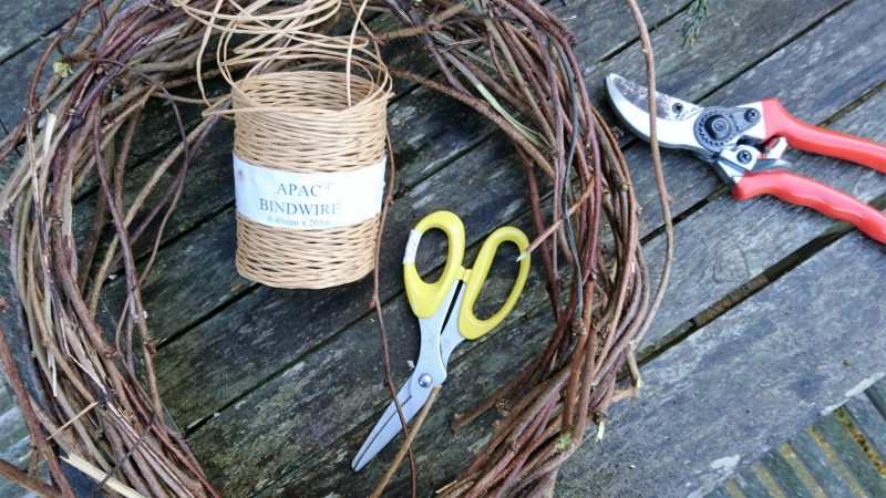 Kit for making a Christmas twig wreath